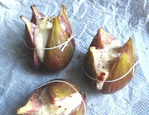 Figues au fromage de chevre et miel